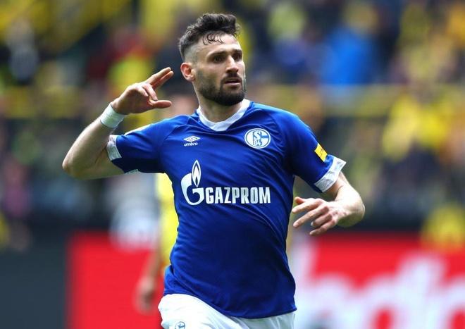 Reus nhan the do, Dortmund dang chuc vo dich cho Bayern hinh anh 3