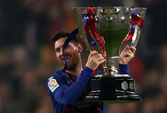 Messi cung dong doi huong dac quyen sau chuc vo dich som 3 vong dau hinh anh 6