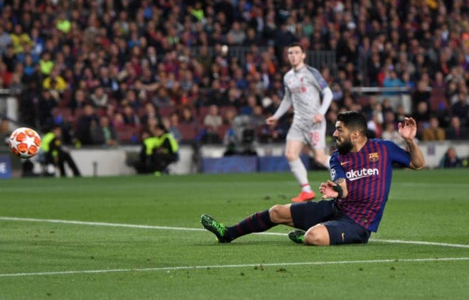 Messi lap cu dup, Barca nhan chim Liverpool tren san nha hinh anh 19