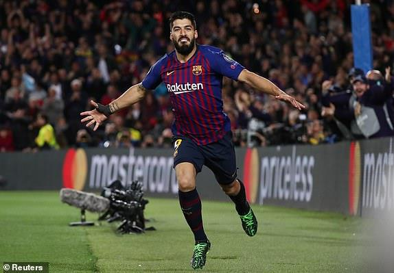 Messi lap cu dup, Barca nhan chim Liverpool tren san nha hinh anh 20