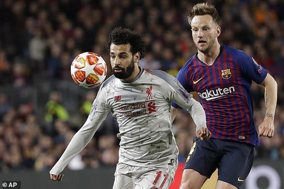 Messi lap cu dup, Barca nhan chim Liverpool tren san nha hinh anh 23