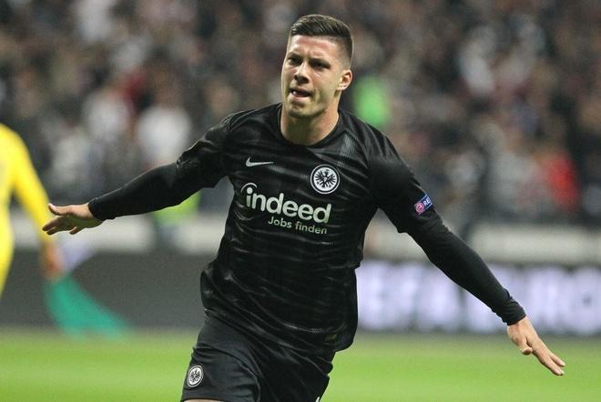 Chelsea bi cam hoa tren dat Duc trong tran Hazard tit ngoi hinh anh 1