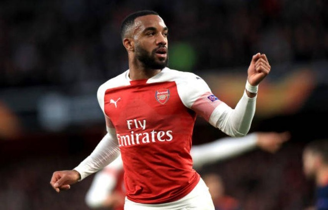 Lacazette lap cu dup, Arsenal rong cua vao chung ket Europa League hinh anh 19