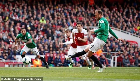 Arsenal hoa that vong, cuoc dua top 4 nga ngu hinh anh 16