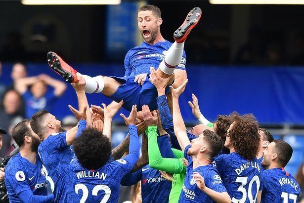 Doi hinh sao Premier League 'that nghiep' sau mua 2018/19 hinh anh 3
