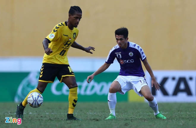 CLB Ha Noi 2-0 Tampines Rovers: Thanh Chung gia tang cach biet hinh anh 5
