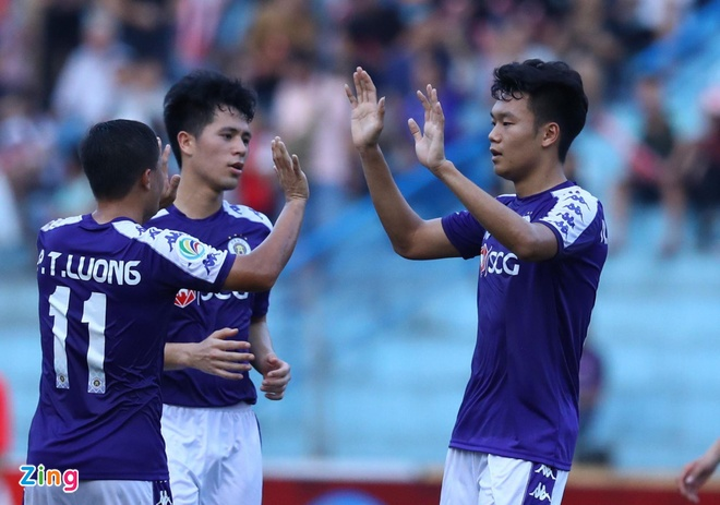 CLB Ha Noi 2-0 Tampines Rovers: Thanh Chung gia tang cach biet hinh anh 2