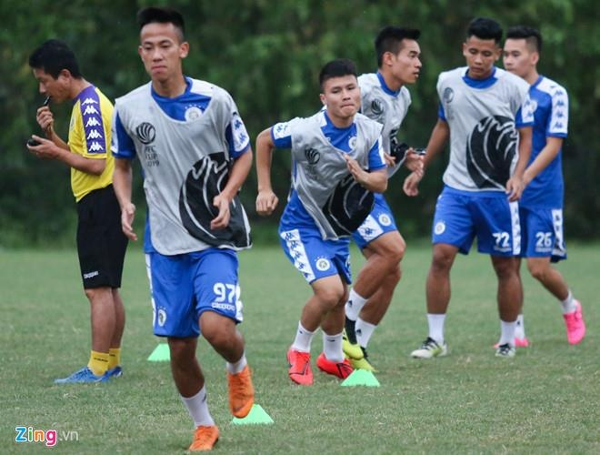 CLB Ha Noi 2-0 Tampines Rovers: Thanh Chung gia tang cach biet hinh anh 9