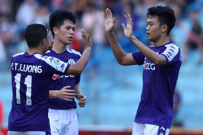 Highlights AFC Cup: CLB Ha Noi 2-0 Tampines Rovers hinh anh