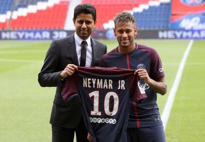 Neymar luong 1, 2 trieu bang anh 1