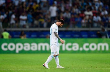 Messi ghi ban, Argentina co diem dau tien tai Copa America hinh anh 20