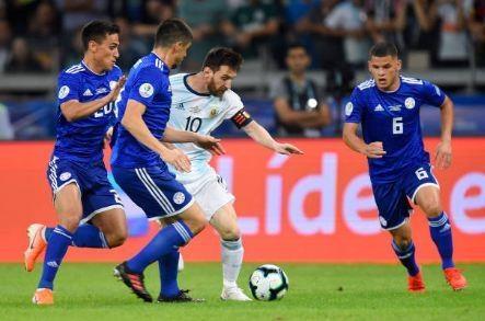 Messi ghi ban, Argentina co diem dau tien tai Copa America hinh anh 18