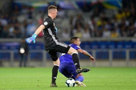 Messi ghi ban, Argentina co diem dau tien tai Copa America hinh anh 24