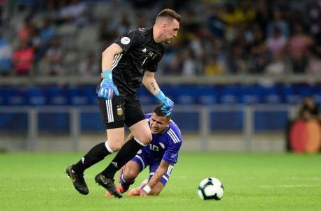 Messi ghi ban, Argentina co diem dau tien tai Copa America hinh anh 25