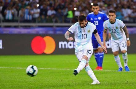 Messi ghi ban, Argentina co diem dau tien tai Copa America hinh anh 30