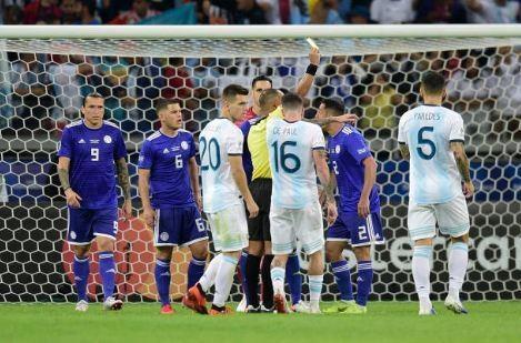 Messi ghi ban, Argentina co diem dau tien tai Copa America hinh anh 29