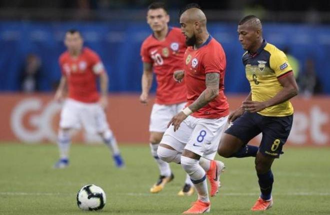 Sanchez ghi ban quyet dinh dua Chile qua vong bang Copa America hinh anh 11
