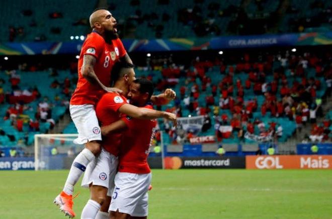 Sanchez ghi ban quyet dinh dua Chile qua vong bang Copa America hinh anh 17