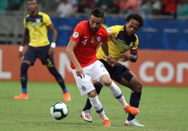 Sanchez ghi ban quyet dinh dua Chile qua vong bang Copa America hinh anh 14