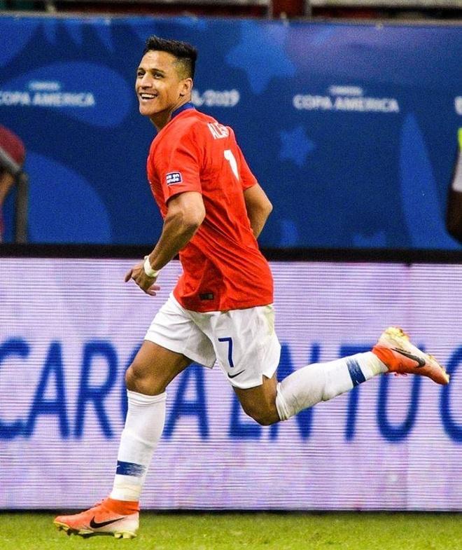 Sanchez ghi ban quyet dinh dua Chile qua vong bang Copa America hinh anh 16