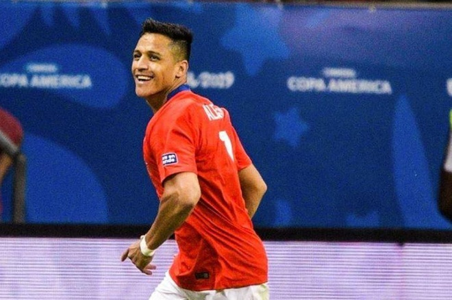 Sanchez ghi ban quyet dinh dua Chile qua vong bang Copa America hinh anh 2