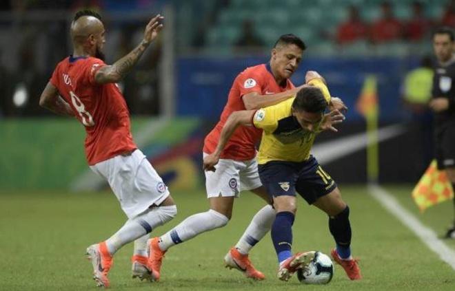 Sanchez ghi ban quyet dinh dua Chile qua vong bang Copa America hinh anh 19