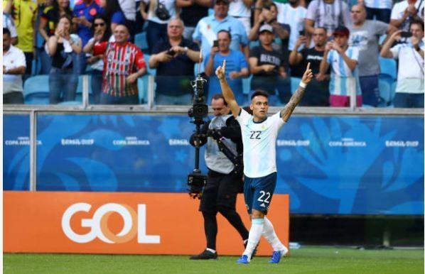 Aguero ghi ban dua Argentina vao tu ket Copa America 2019 hinh anh 16