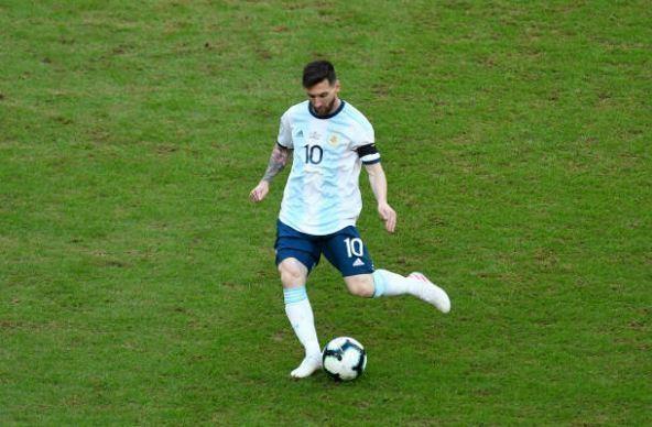 Aguero ghi ban dua Argentina vao tu ket Copa America 2019 hinh anh 23