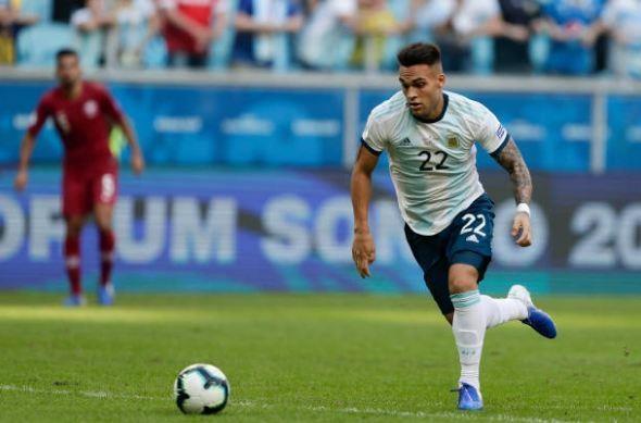 Aguero ghi ban dua Argentina vao tu ket Copa America 2019 hinh anh 26