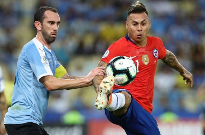 Chile bi day vao the kho sau tran thua Uruguay hinh anh 13
