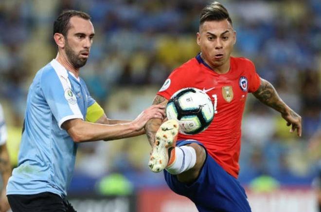 Chile bi day vao the kho sau tran thua Uruguay hinh anh 1