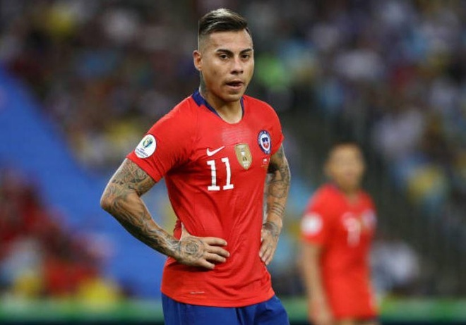 Chile bi day vao the kho sau tran thua Uruguay hinh anh 14