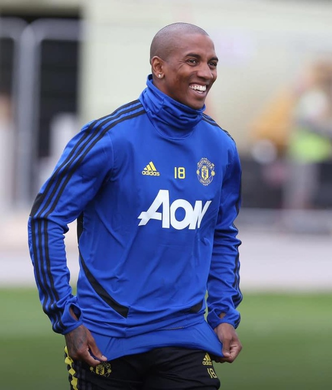 Lukaku tram ngam trong ngay hoi quan cung Man Utd hinh anh 8