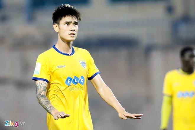 CLB Ha Noi vs Nam Dinh anh 3