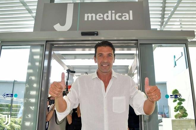 Chuyen nhuong 4/7: Juventus de MU chon 1 trong 3 cau thu de doi Pogba hinh anh 6