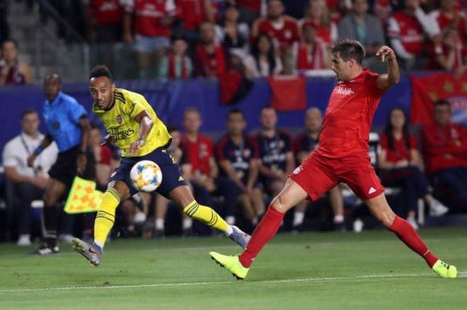 Sao tre toa sang giup Arsenal danh bai Bayern Munich hinh anh 10