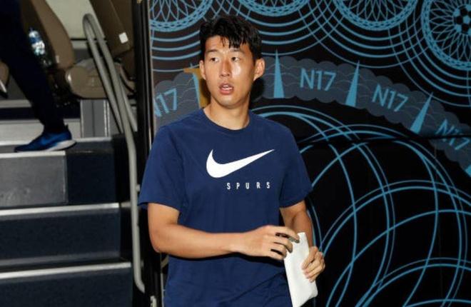 Chau ho Nani toa sang giup MU danh bai Tottenham hinh anh 12