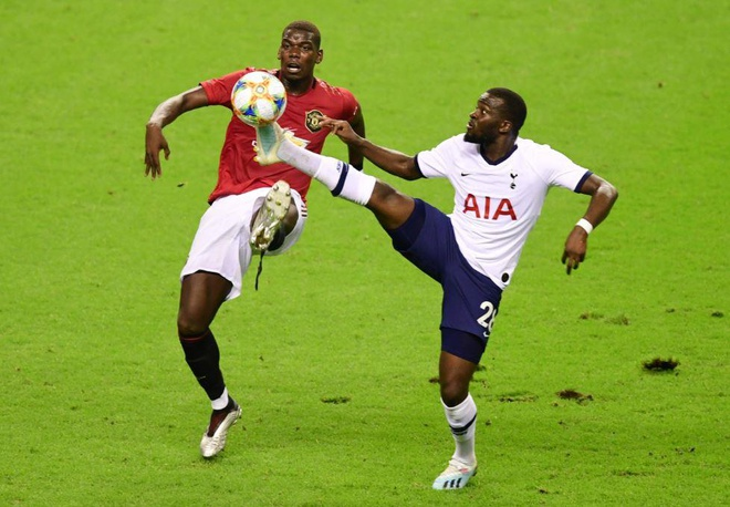 Chau ho Nani toa sang giup MU danh bai Tottenham hinh anh 21