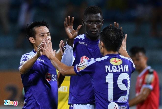 CLB Ha Noi 2-0 CLB Binh Duong: Quang Hai, Van Quyet toa sang hinh anh 4