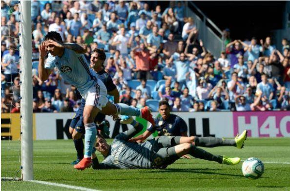 Gareth Bale toa sang, Real Madrid thang cach biet Celta Vigo hinh anh 21