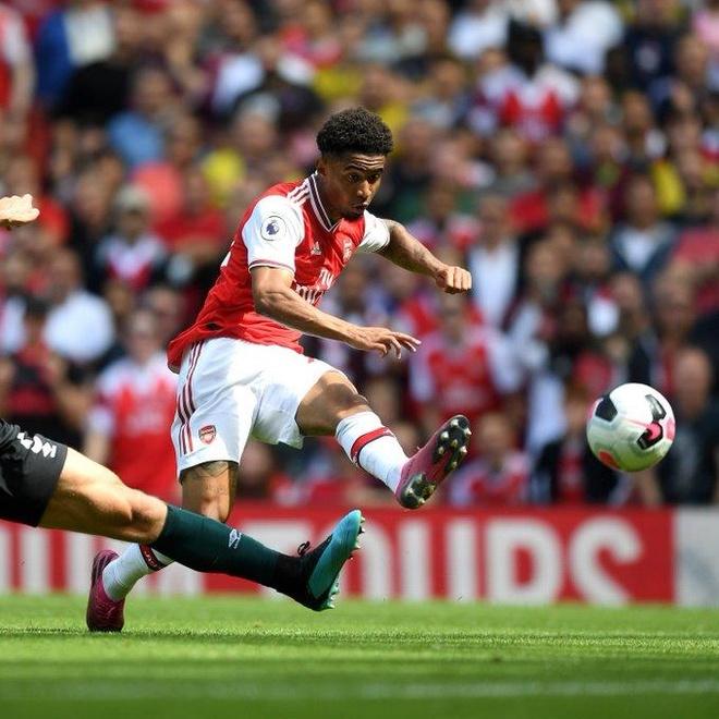 Thang Burnley, Arsenal lap thanh tich chua tung co sau 10 nam hinh anh 23
