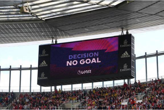 Thang Burnley, Arsenal lap thanh tich chua tung co sau 10 nam hinh anh 25