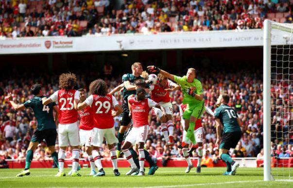 Thang Burnley, Arsenal lap thanh tich chua tung co sau 10 nam hinh anh 18