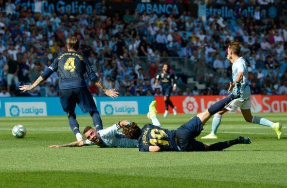 Gareth Bale toa sang, Real Madrid thang cach biet Celta Vigo hinh anh 27