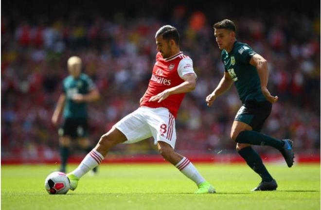 Thang Burnley, Arsenal lap thanh tich chua tung co sau 10 nam hinh anh 19
