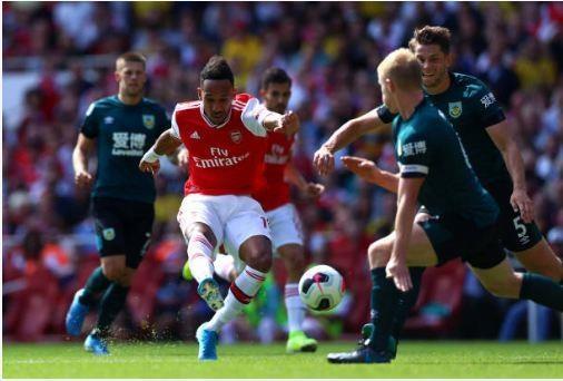 Thang Burnley, Arsenal lap thanh tich chua tung co sau 10 nam hinh anh 27