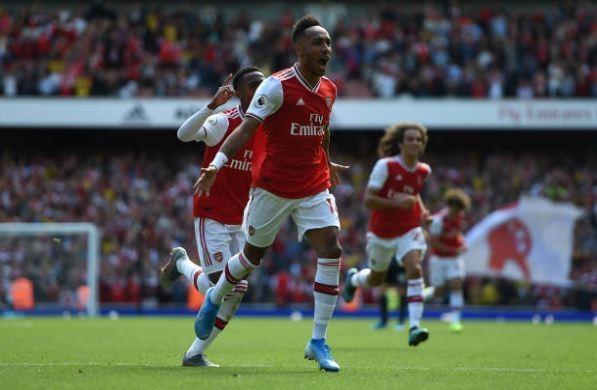Thang Burnley, Arsenal lap thanh tich chua tung co sau 10 nam hinh anh 29