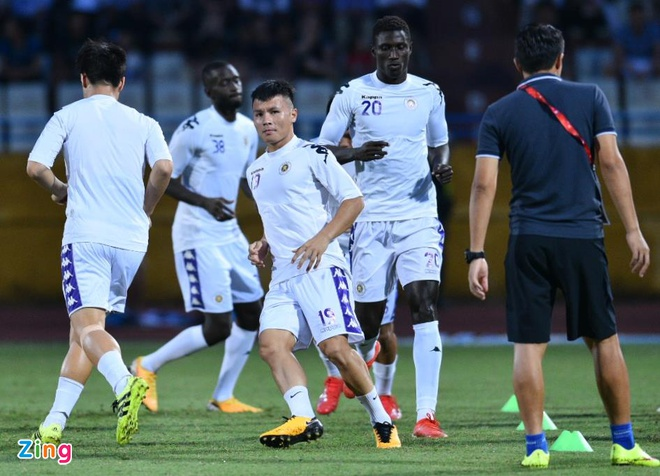 Quang Hai lap cu dup, CLB Ha Noi thang Altyn Asyr 3-2 tai AFC Cup hinh anh 12