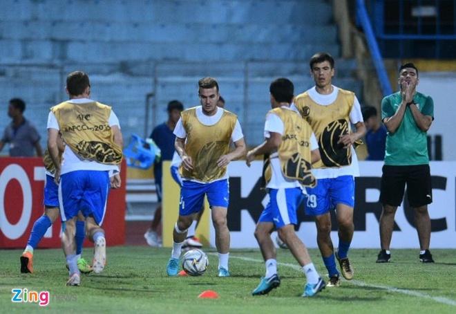 Quang Hai lap cu dup, CLB Ha Noi thang Altyn Asyr 3-2 tai AFC Cup hinh anh 16