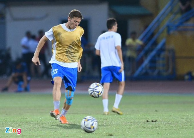 Quang Hai lap cu dup, CLB Ha Noi thang Altyn Asyr 3-2 tai AFC Cup hinh anh 17